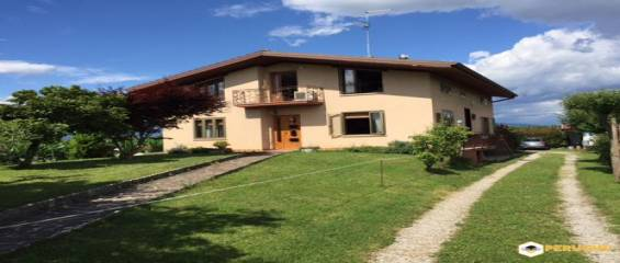 Italy Friuli Venezia Giulia, 6 Bedrooms Bedrooms, ,2 BathroomsBathrooms,Villa,Sold,2231